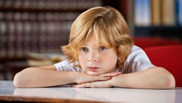 padaczka trudności szkolne